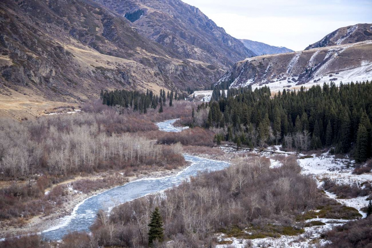 Долина реки Чилик в декабре