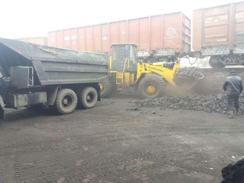 В среднем цена реализаторов варьируется от 12 до 18 тысяч тенге за тонну угля