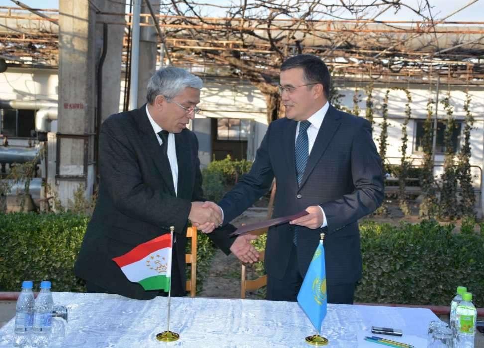 Фото с сайта Посольства Казахстана в Таджикистане