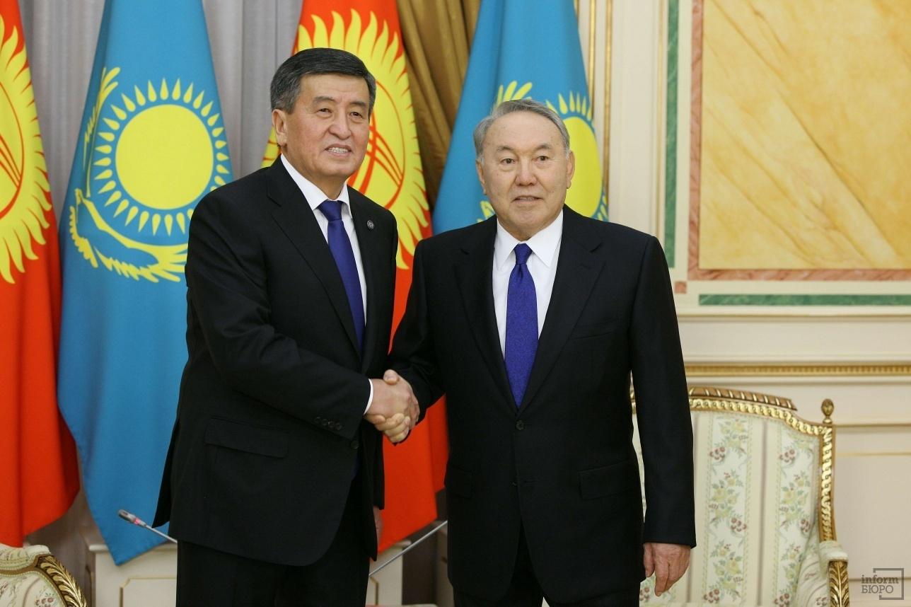Нурсултан Назарбаев и Сооронбай Жээнбеков в Акорде
