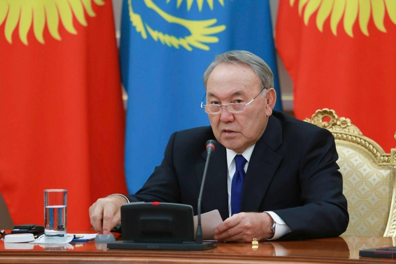Нурсултан Назарбаев во время встречи особо подчеркнул дружбу и добрососедство с Кыргызстаном
