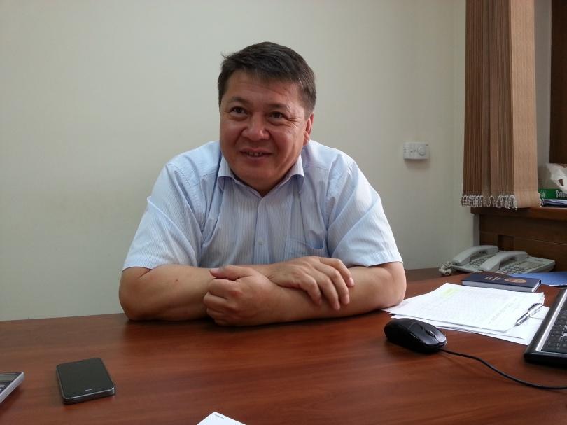 Руководитель отдела управления дорог Алматы Кайсарбек Аманжолов
