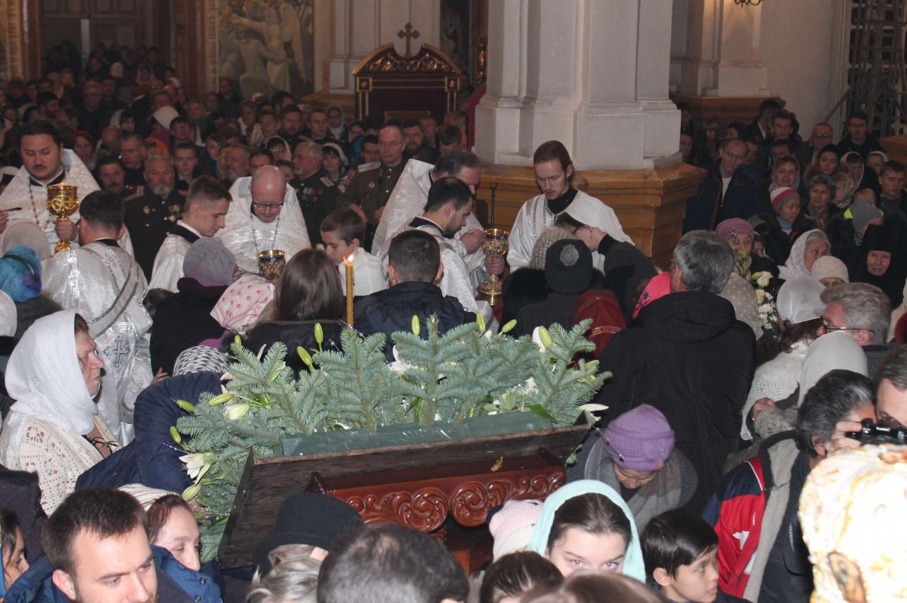 В ночь с 6 на 7 января в соборе прошла божественная литургия