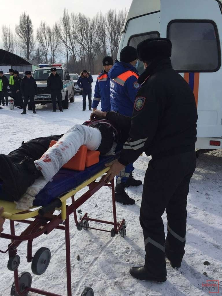 Пострадавшего отвезли в больницу города Есик