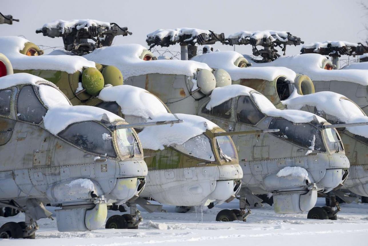 Так называемый ремонтный фонд предприятия – снятые с вооружения и списанные Ми-24
