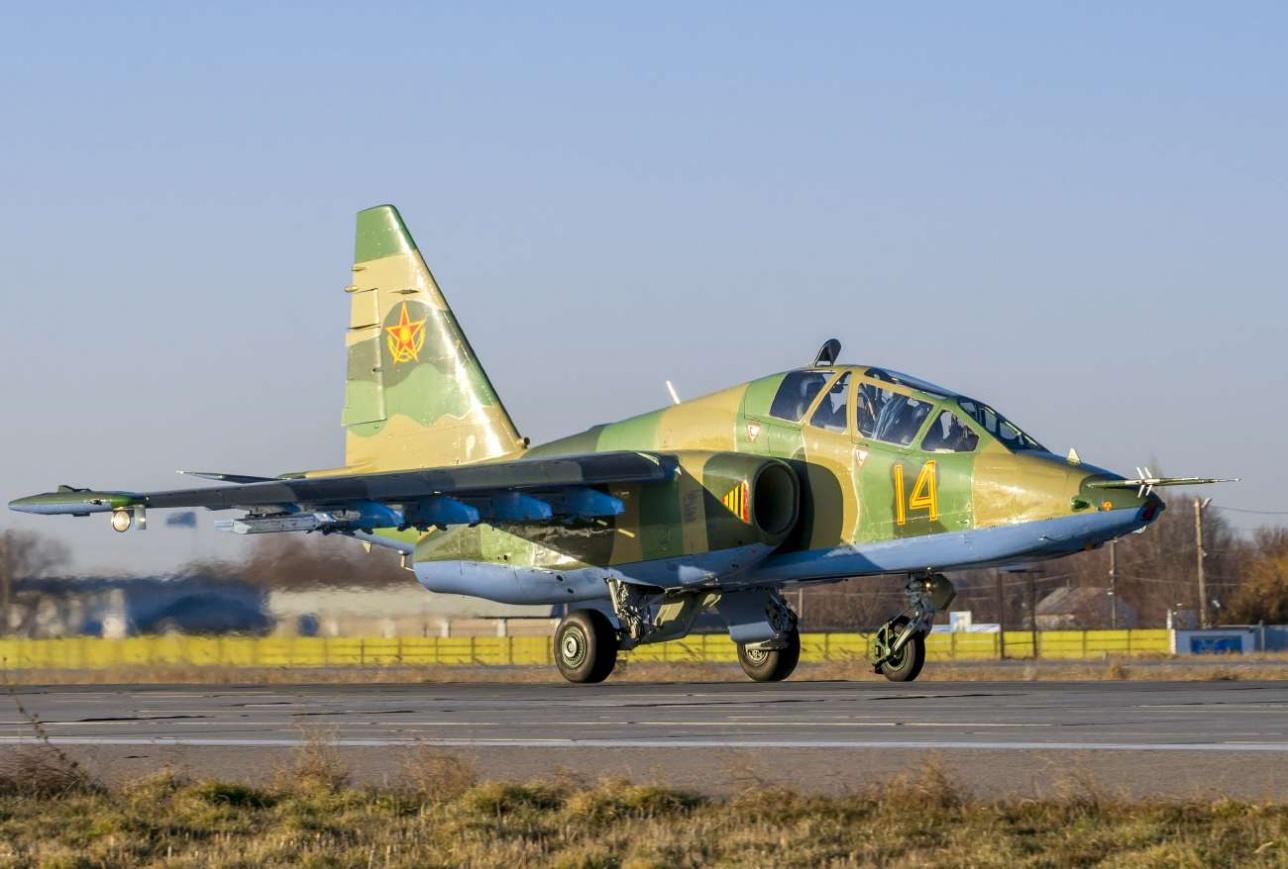 Посадочная скорость Су-25 УБМ - 210 км/ч