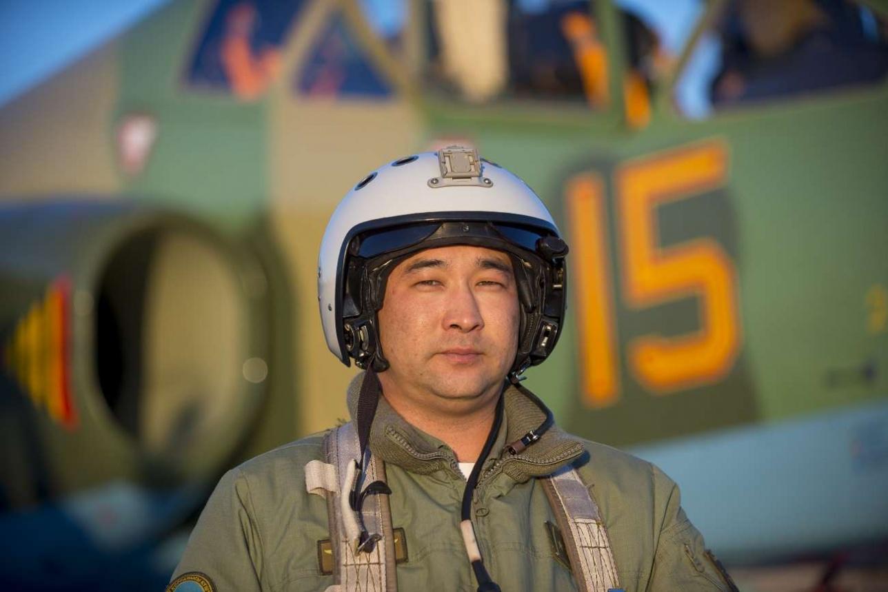 Габит Умурзаков, капитан, старший летчик авиационного звена