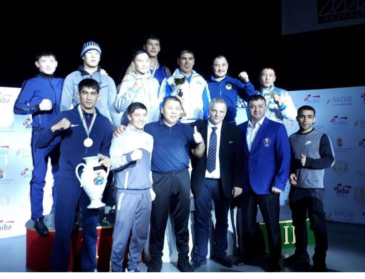 Три золотые медали завоевали казахстанские боксёры
