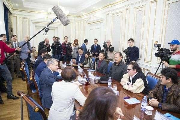 Встреча акима ВКО с голливудскими звёздами