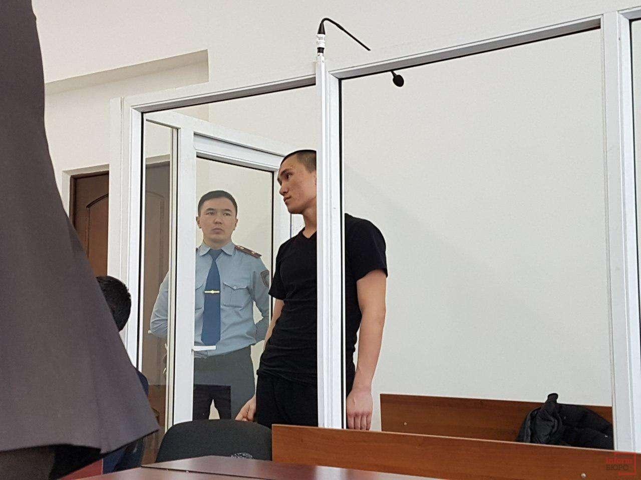 Даурен Алеуханов в зале суда
