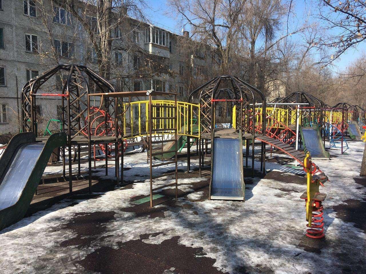 Образец детской площадки в Алматы