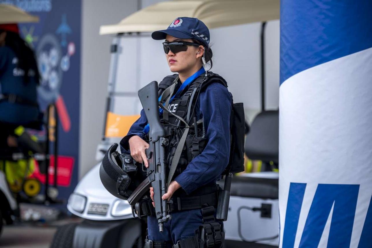Singapore Airshow -2018 охраняло спецподразделение сингапурской полиции