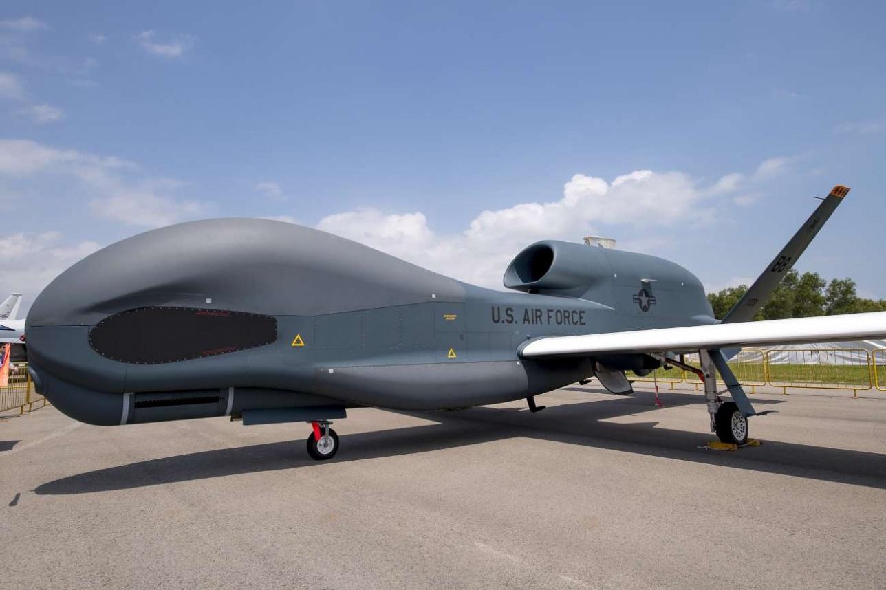 RQ-4 Global Hawk на статике Singapore Airshow -2018