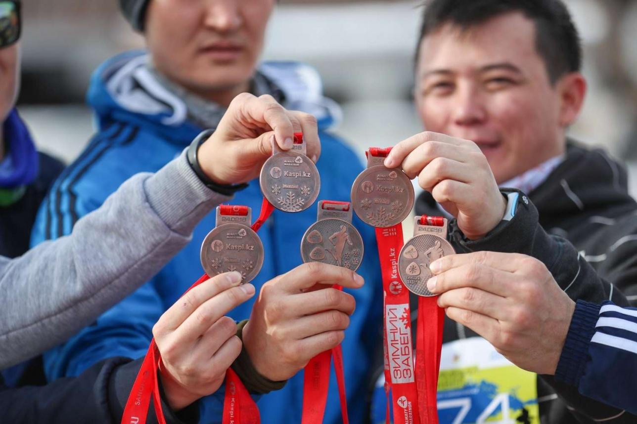 """Победители зимнего забега """"Алматы марафона"""""""