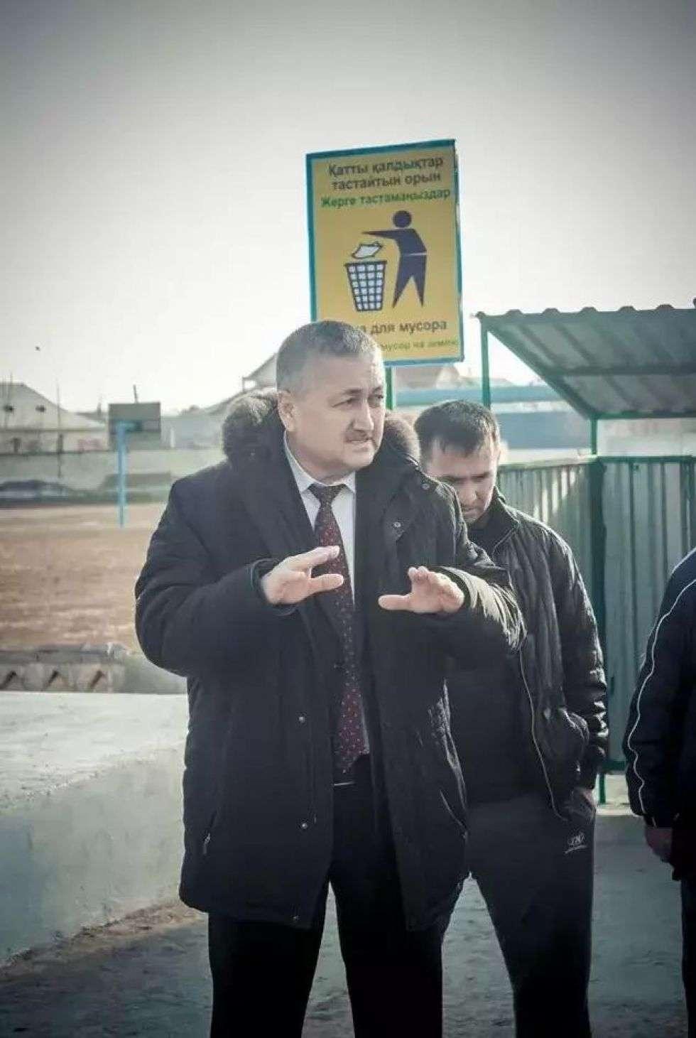 Байдуалы Базарбаев на открытии туалета в Жетысае