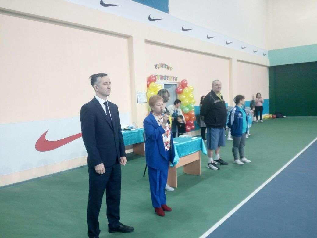 Международный День тенниса отметили в спортивной школе
