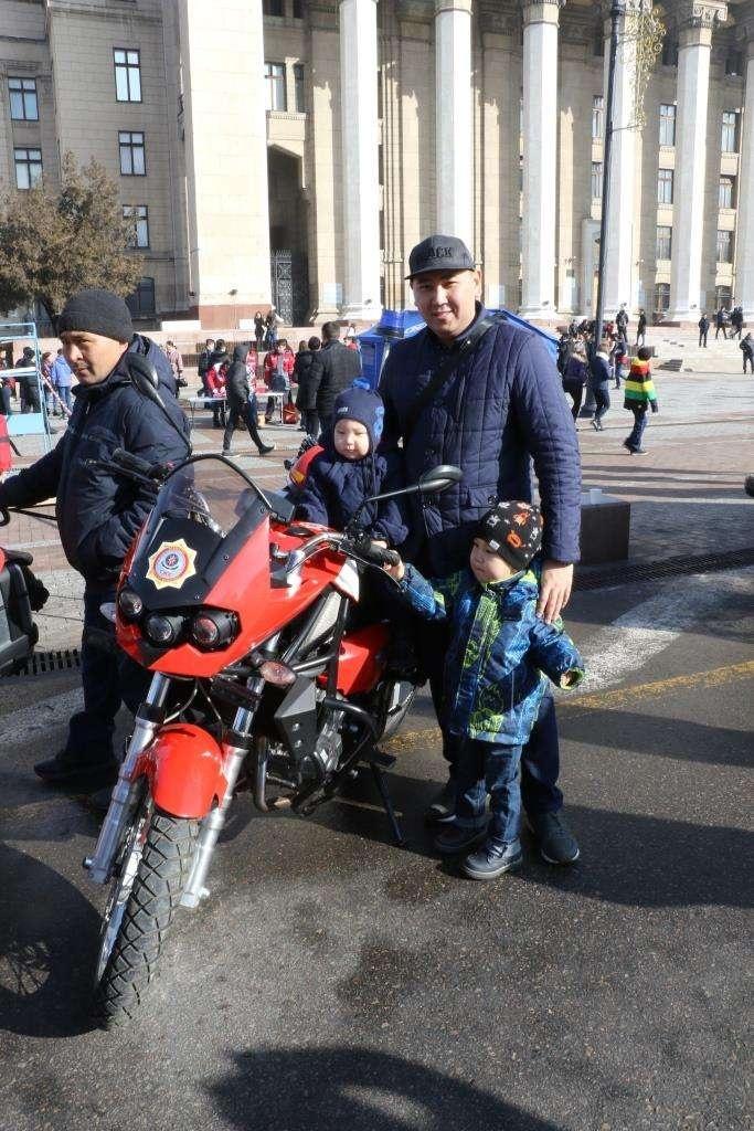 Пожарно-спасательный мотоциклетный экипаж быстрого реагирования