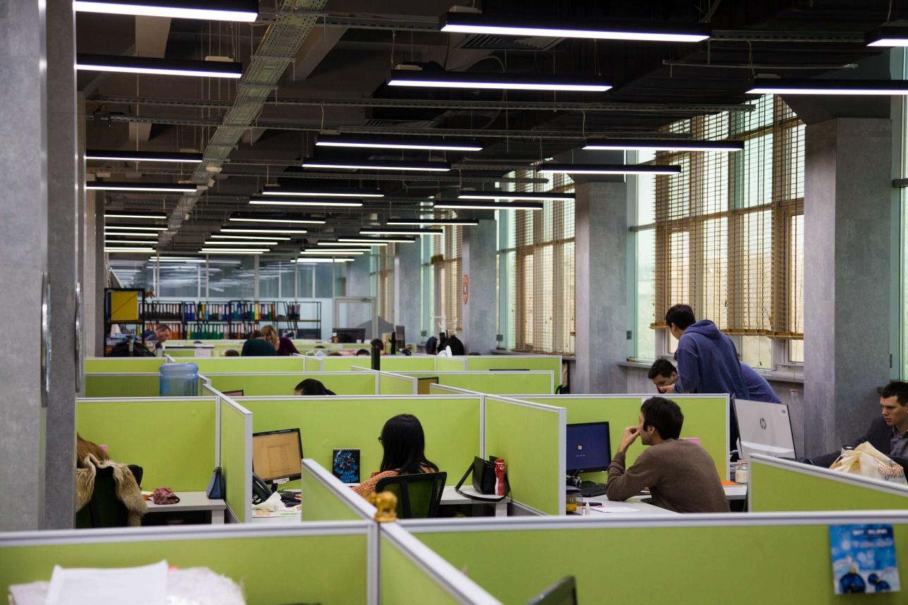 Этаж департаментов коммерции и маркетинга на третьем этаже центрального офиса Technodom