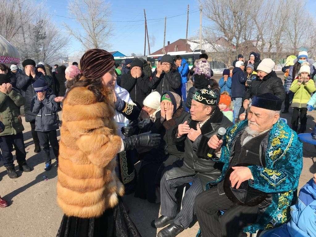 Жители районов Астаны, для которых власти города подготовили концерт
