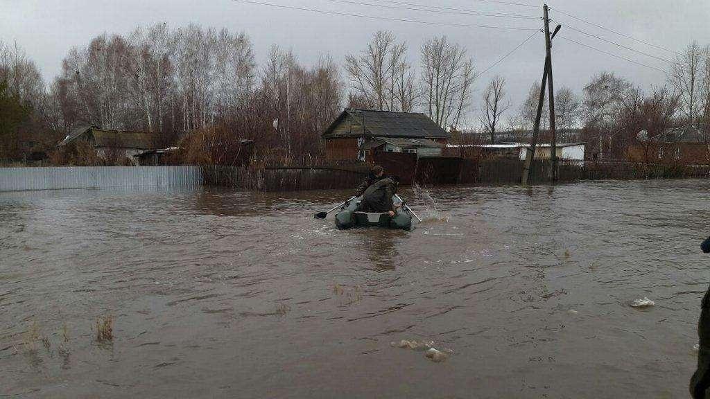 В Глубоковском районе из берегов вышли две речки