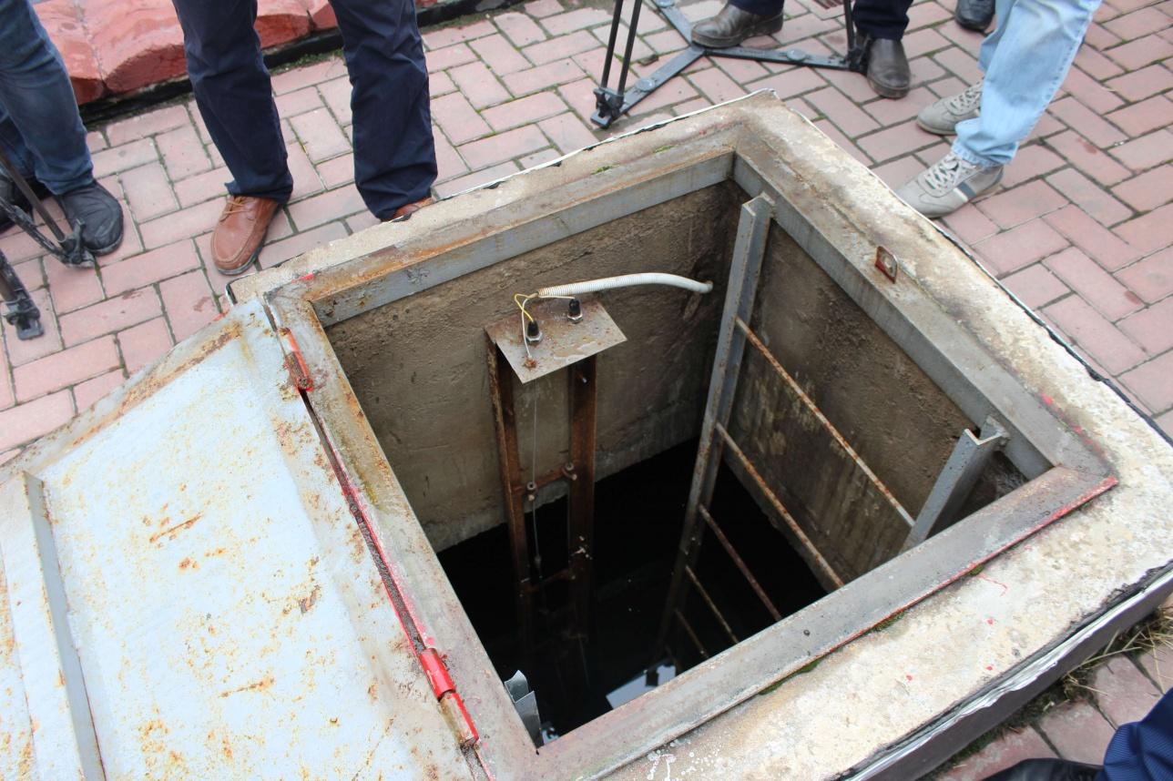 На территории ТРЦ есть собственное небольшое водохранилище