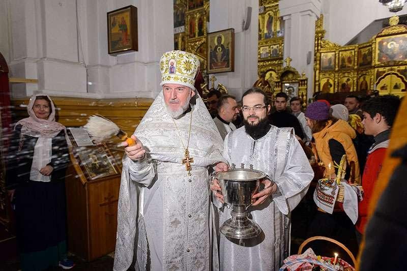 В ночь с 7 на 8 апреля 2018 года православные встретили Светлое Христово Воскресение