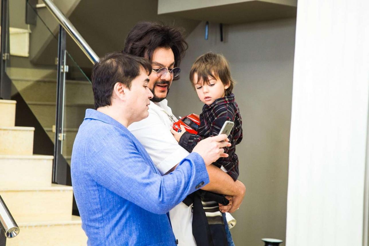 Арман Давлетьяров и Филипп Киркоров с сыном