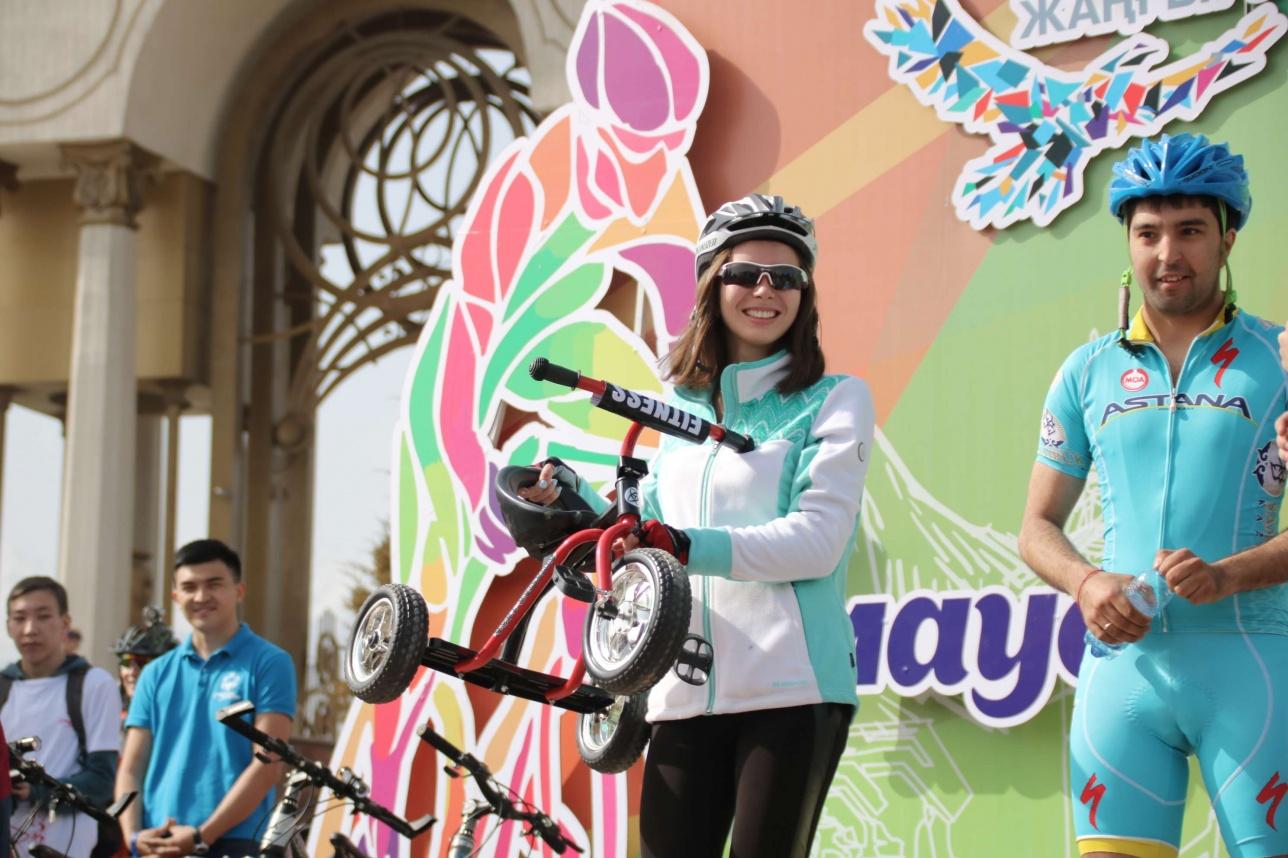 Розыгрыш подарков для участников велопробега