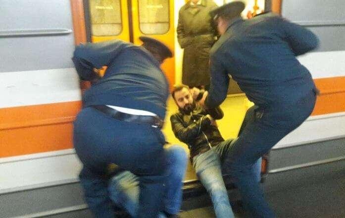 Полиция предотвратила попытку заблокировать метро