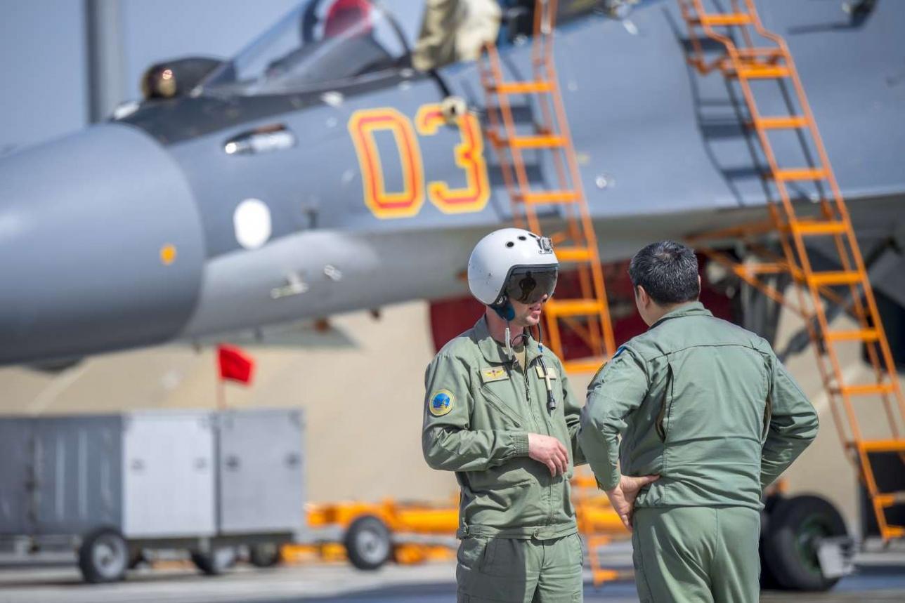 Су-30 СМ пилотируют 2 летчика