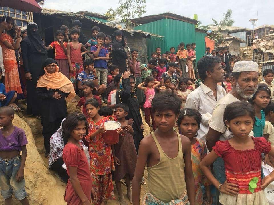 В Бангладеше разместились около миллиона беженцев рохинджа