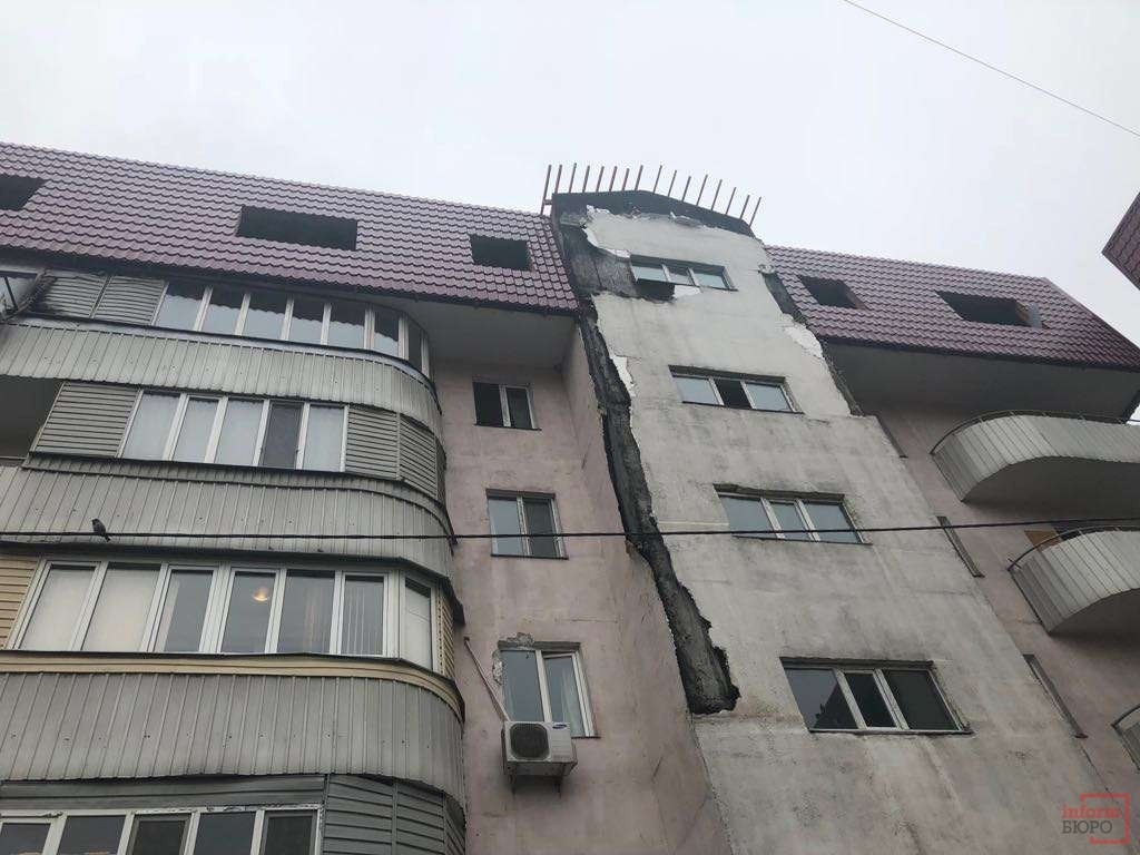 Аким Алматы поручил восстановить дом в короткие сроки
