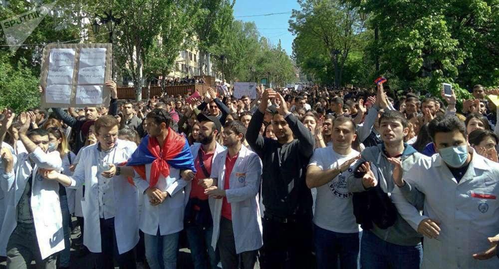 В акциях протеста участвуют студенты