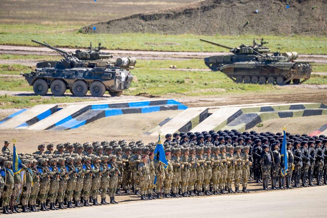 Начало Боевого парада