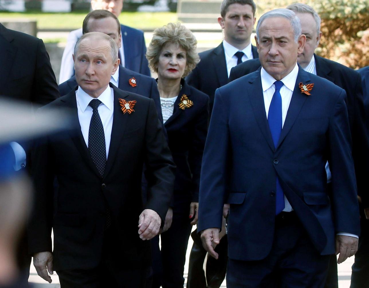 Владимир Путин на параде в Москве