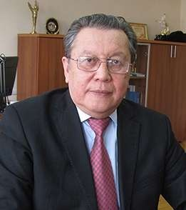 Академик, Педагогикалық ғылымдар академиясының президенті Асқарбек Құсайыно