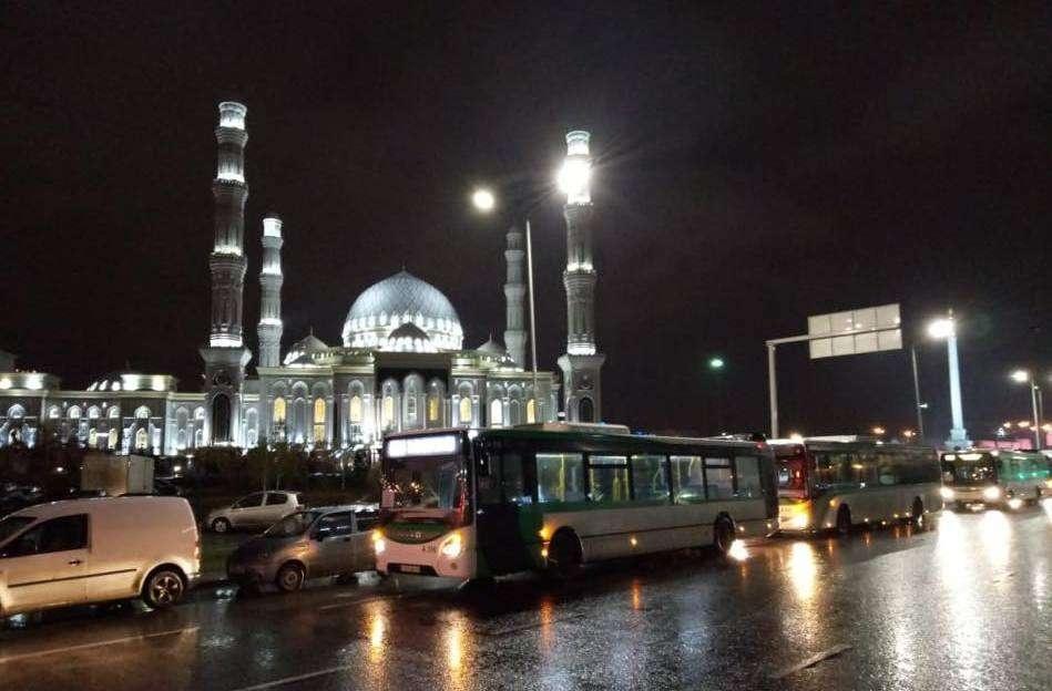 Автобусные маршруты начали курсировать к мечетям