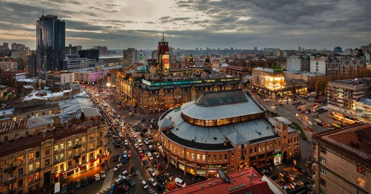 Вид сверху на Бессарабский рынок