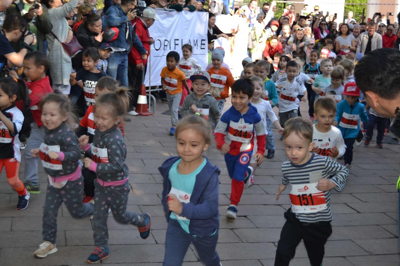 В забеге участвовали дети от 3 до 14 лет