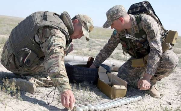 Военнослужащие-сапёры готовят полигон к летнему периоду обучения
