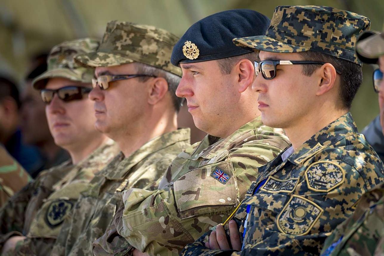 На учения были приглашены иностранные военные атташе