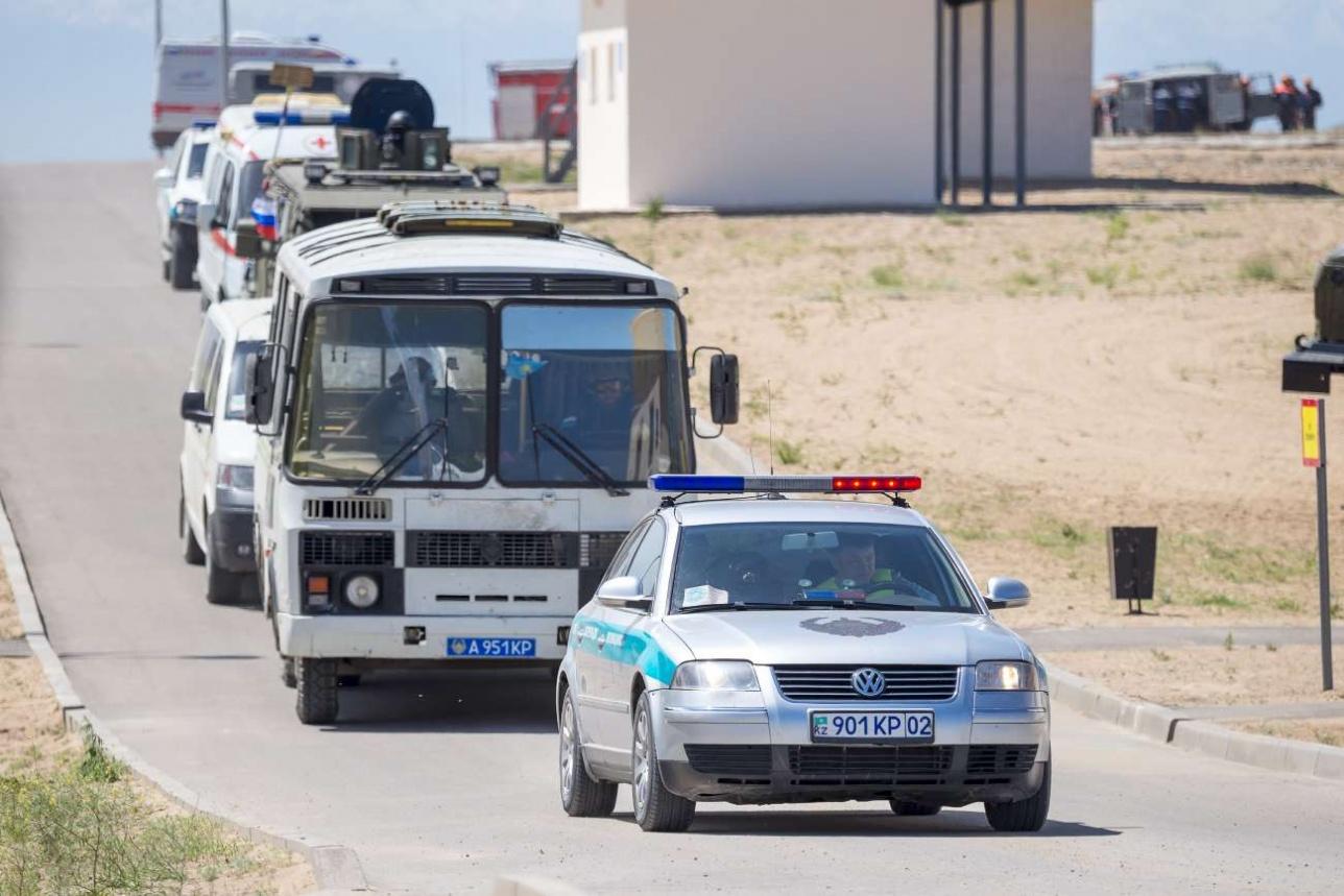 Перехват автобуса с заложниками, направляющегося в аэропорт