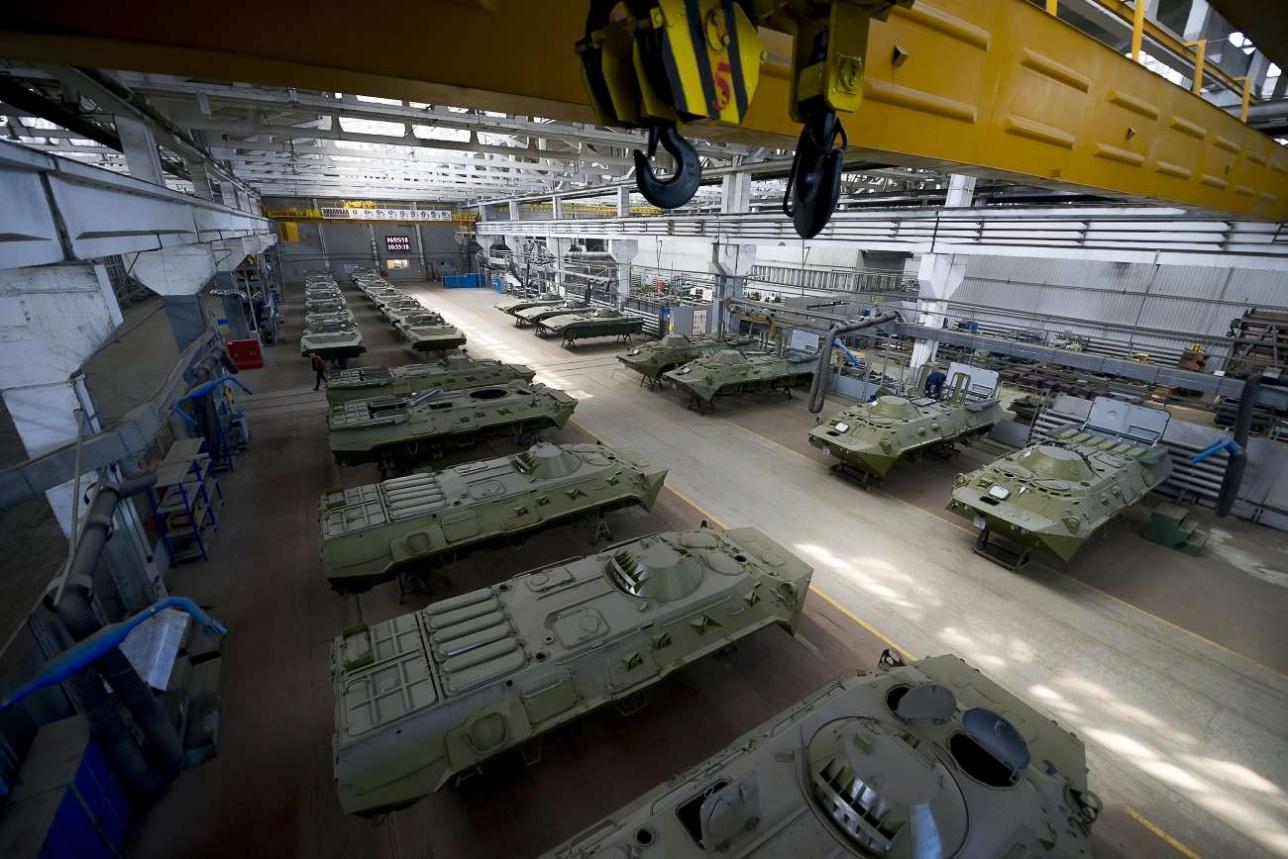 """В соответствии с государственным оборонным заказом АО """"Семей Инжиниринг"""" поставит в войска 89 бронемашин к концу 2020 года"""