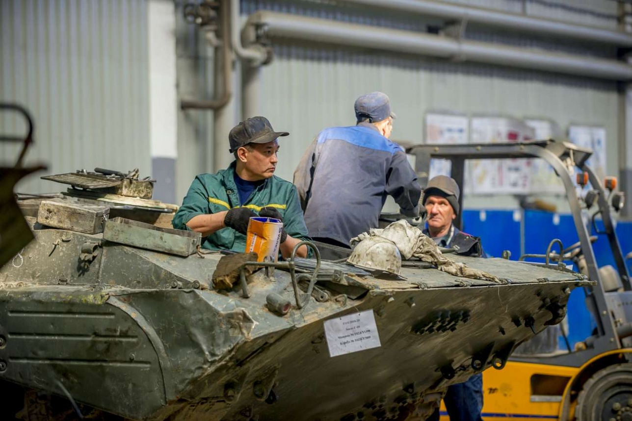 На базе старых бронемашин можно выпускать и войсковые, и конверсионные модификации