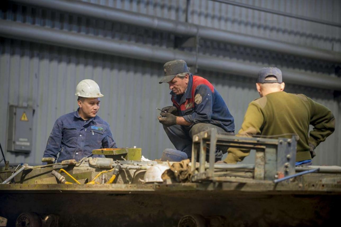 На предприятии можно ремонтировать до 200 единиц бронетехники в год