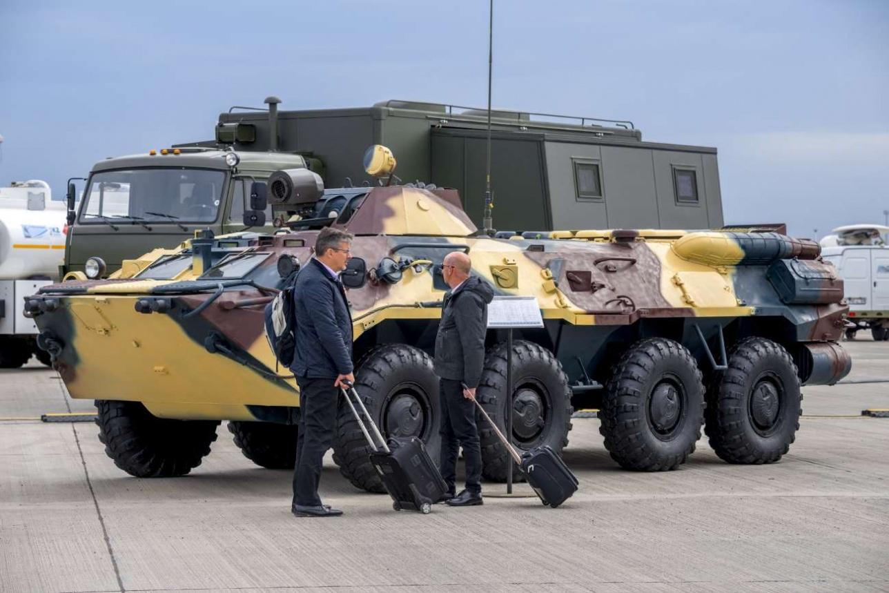 Модернизированный БТР-70 с комплексом изучения радиационной обстановки