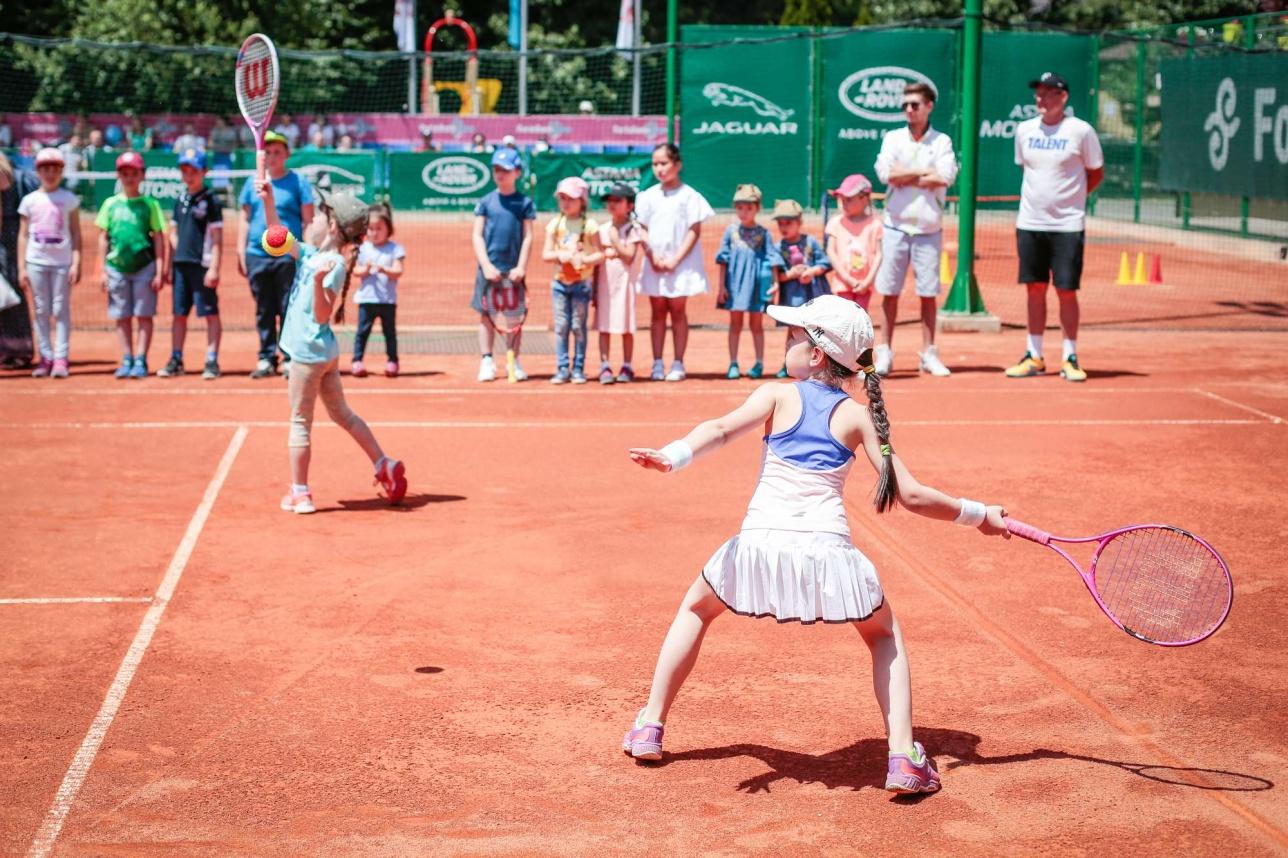 Мастер-класс для детей в Gorky Tennis Park