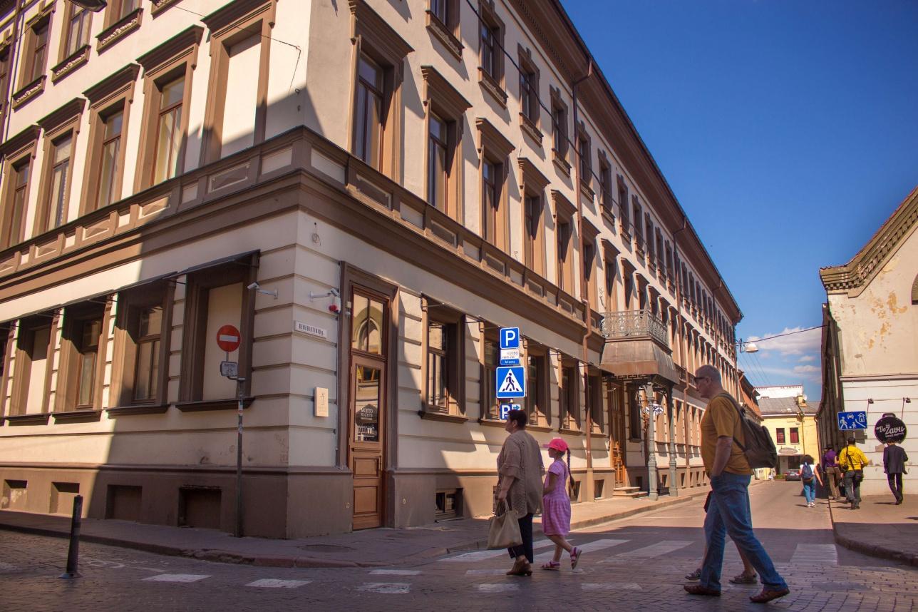 Самое длинное здание Вильнюса