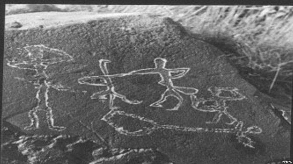 Бұл - 6 мың жылдық тарихы бар домбыраның бейнесі
