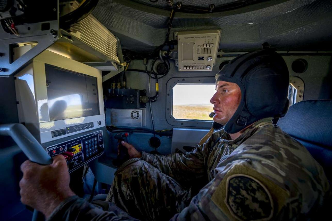 """Действия спецназа поддерживаются огнём крупнокалиберного пулемёта БКМ """"АРЛАН"""""""